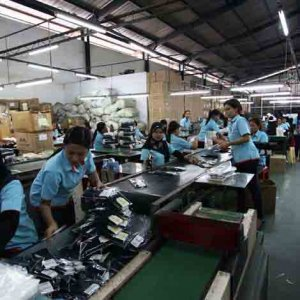 Pabrik Konveksi Produksi kaos kaki sekolah berlogo TK SD/MI SMP/MTS SMA/SMK/MA7